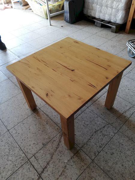 Tisch (061)